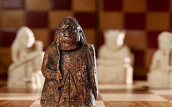 مهره شطرنجی که 1.3 میلیون دلار ارزش دارد!