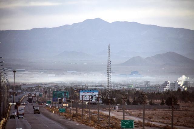 چراغ سبز محیط زیست به اصلاح قانون منع استقرار صنایع در شعاع 120 کیلومتری تهران
