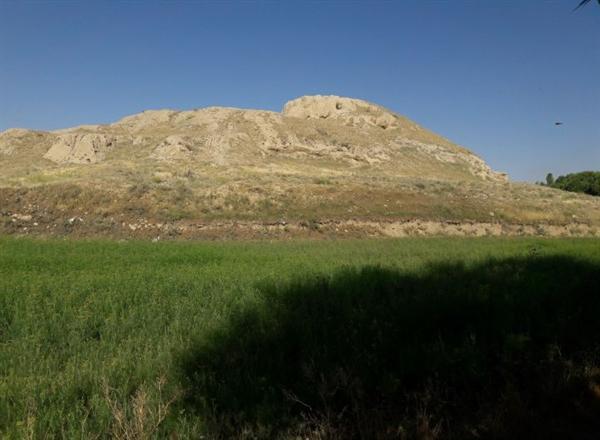 شناسایی لایه های فرهنگی دوران مس سنگی و مفرغ در تپه کل کبود همدان