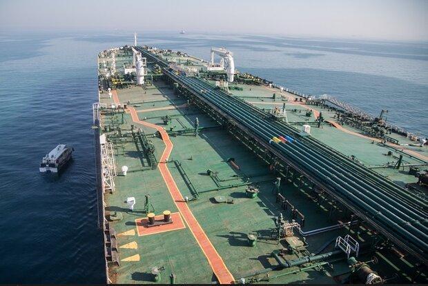 ونزوئلا 4 برابر ایران تحریم است و نفت صادر می کند
