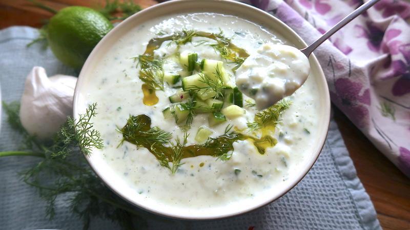 طرز تهیه سوپ ماست و خیار خوشمزه ترکیه ای برای روزهای گرم تابستان