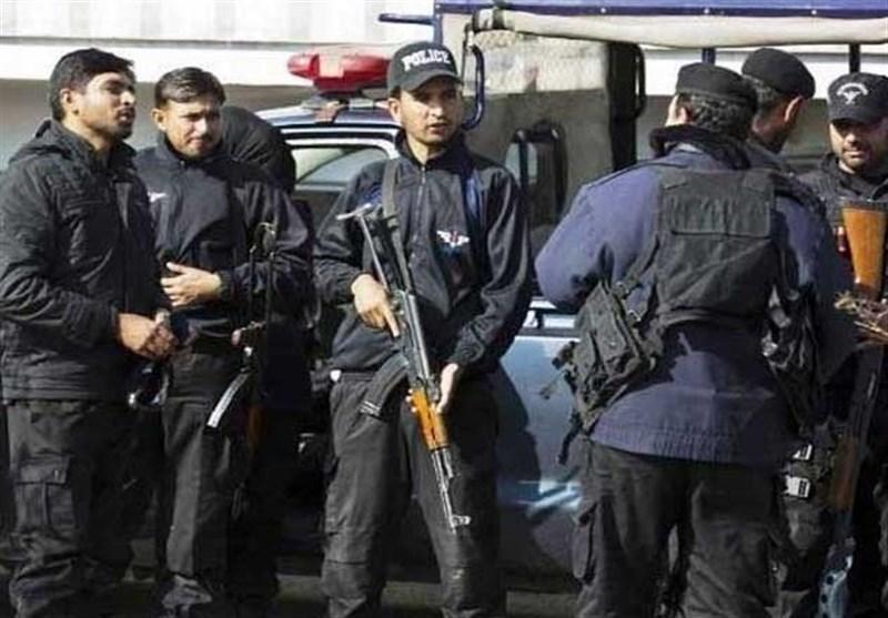 نیروهای امنیتی پاکستان از دستگیری 4 تروریست جماعت الاحرار خبر دادند