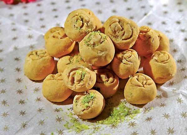 21 نوع شیرینی خانگی مخصوص عید نوروز
